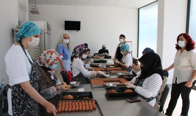 Devlet desteğiyle iş kuran kız kardeşler, 20 kişiye istihdam sağlıyor