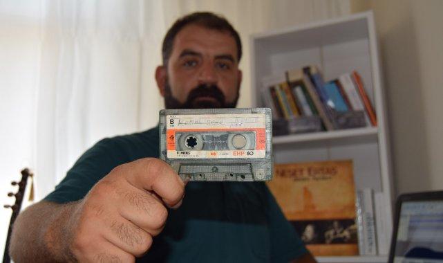 Unutulmaya yüz tutan deyiş ve türküleri kayıt altına alıp Türk halk müziği repertuvarına kazandırıyor