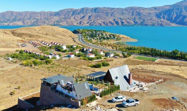 Göl manzaralı bungalov evler Elazığ'ın turizmine katkı sağlayacak