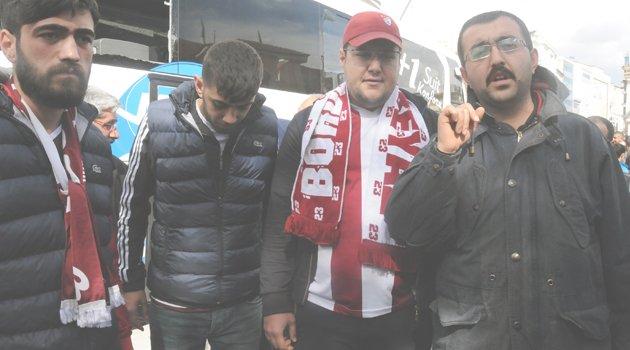 ELAZIĞSPOR TARAFTARLARINA ÇİRKİN SALDIRI