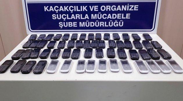 KAÇAK CEP TELEFONU ELE GEÇİRİLDİ