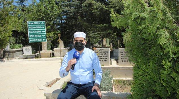 Elazığ Belediyesi'nden Kabristanlarda Kur'an-ı Kerim Ziyafeti
