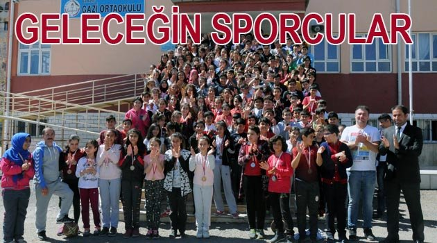 GAZİ ORTAOKULU'NDA 250 LİSANSLI SPORCUSU İLE  25 KUPA KAZANDI