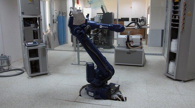 SEZA ÇİMENTO, ROBOT TEKNOLOJİSİ İLE KALİTE VE İŞ GÜVENLİĞİNDEN ÖDÜN VERMİYOR