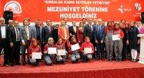 TÜRKİYE'NİN İLK KADIN SEYİSLERİ SERTİFİKALARINI ALDI